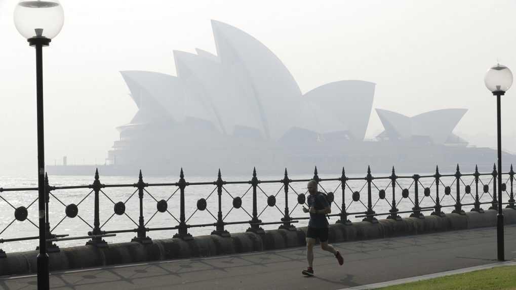 Bohoslužba počas lockdownu. Polícia v Sydney pokutovala kostol aj účastníkov omše