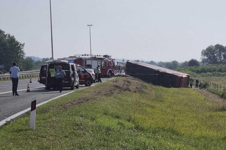 V Chorvátsku havaroval autobus, hlásia najmenej desať obetí