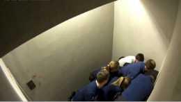 Videozáber zo zásahu policajtov na Chovanca.