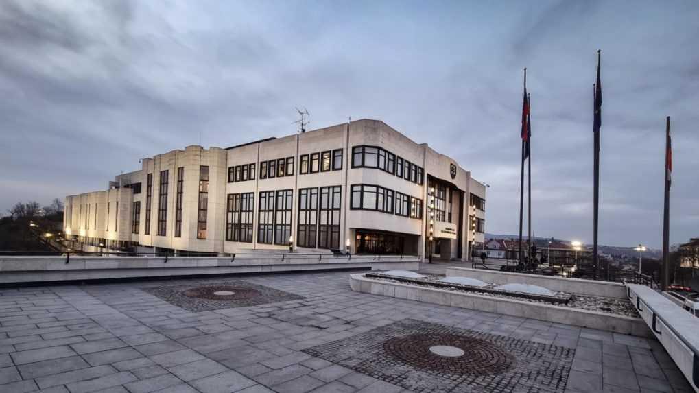 Pred 29 rokmi prijali poslanci Deklaráciu o zvrchovanosti Slovenska