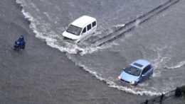 zaplavené autá