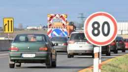 Spomalená premávka na diaľnici D1.