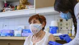 pacientka na očkovaní