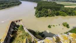 Dunaj a Morava sútok Devín