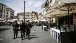 Talianski policajti