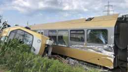 vykoľajený vlak v Rakúsku