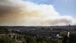 Lesné požiare v okolí Jeruzalema nútia k evakuácii obyvateľov