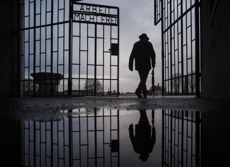V Nemecku sa pred súd postaví storočný dozorca z nacistického koncentračného tábora