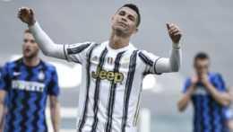 Cristiano Ronaldo v drese Juventusu