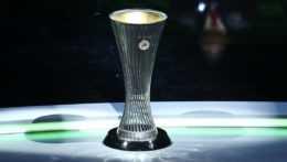Trofej pre víťaza EKL