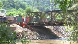 Oceľový most v Banskej Bystrici mal byť iba provizórny. Od roku 1974 ho nenahradili