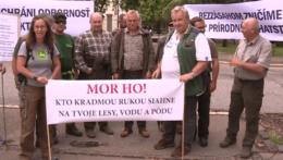 Protesty za reformu národných parkov