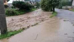Povodne vo Valaskej Belej