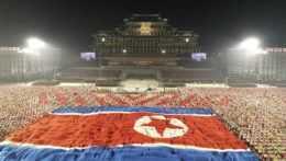Vojenská prehliadka v Pchjongjangu.