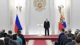 Ruský prezident Vladimir Putin počas prejavu pred poslancami Štátnej dumy