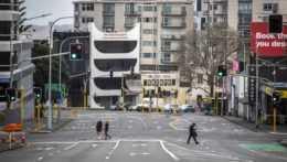 Prázdne ulice v novozélandskom meste Auckland .