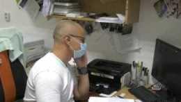 Lekár v ambulancii