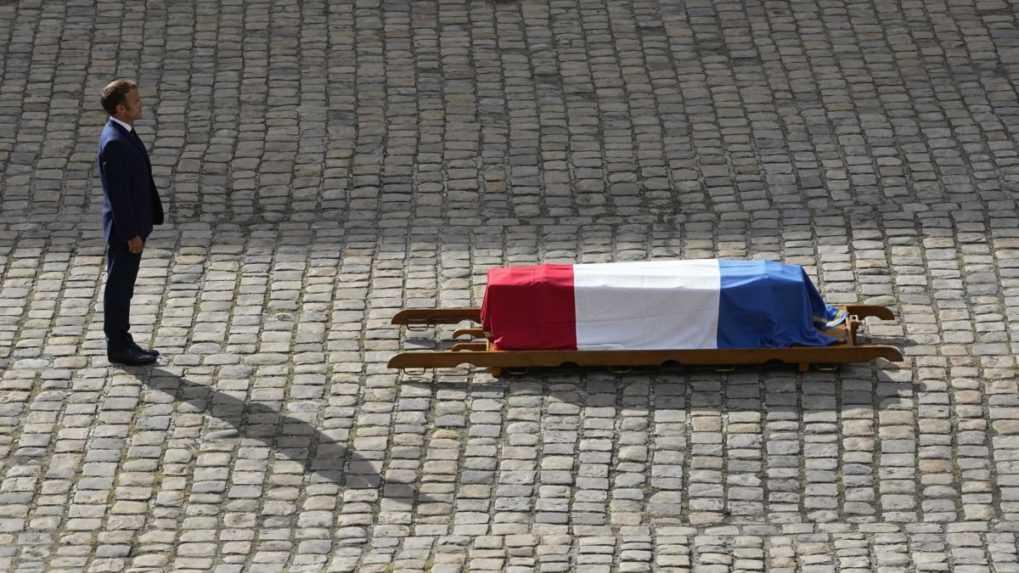 Francúzsko sa rozlúčilo s hereckou legendou Belmondom