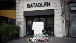 pamätník pre obete teroristických útokov v Paríži z roku 2015