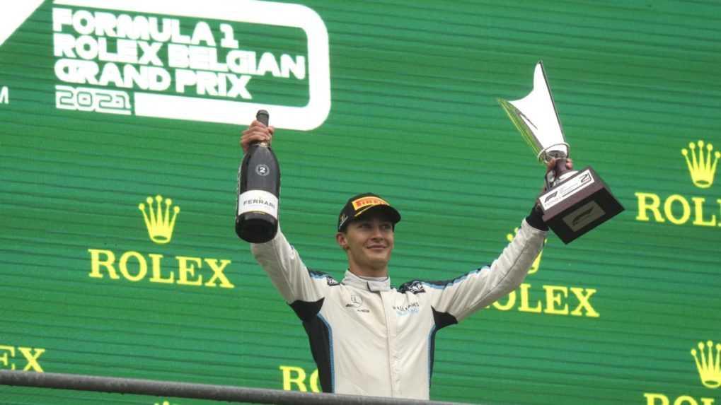 F1: Brit Russell bude od budúcej sezóny druhým pilotom Mercedesu