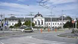 Prezidentský palác Hodžovo námestie.