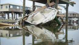 Škody po hurikáne Ida.