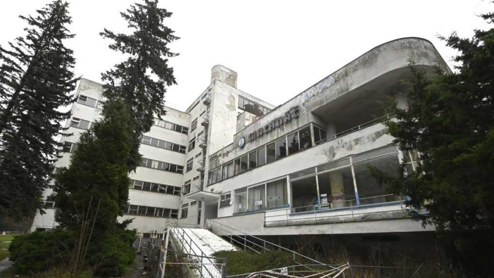Liečebný dom Machnáč stále chátra. Aktivisti vidia riešenie vo vyvlastnení budovy
