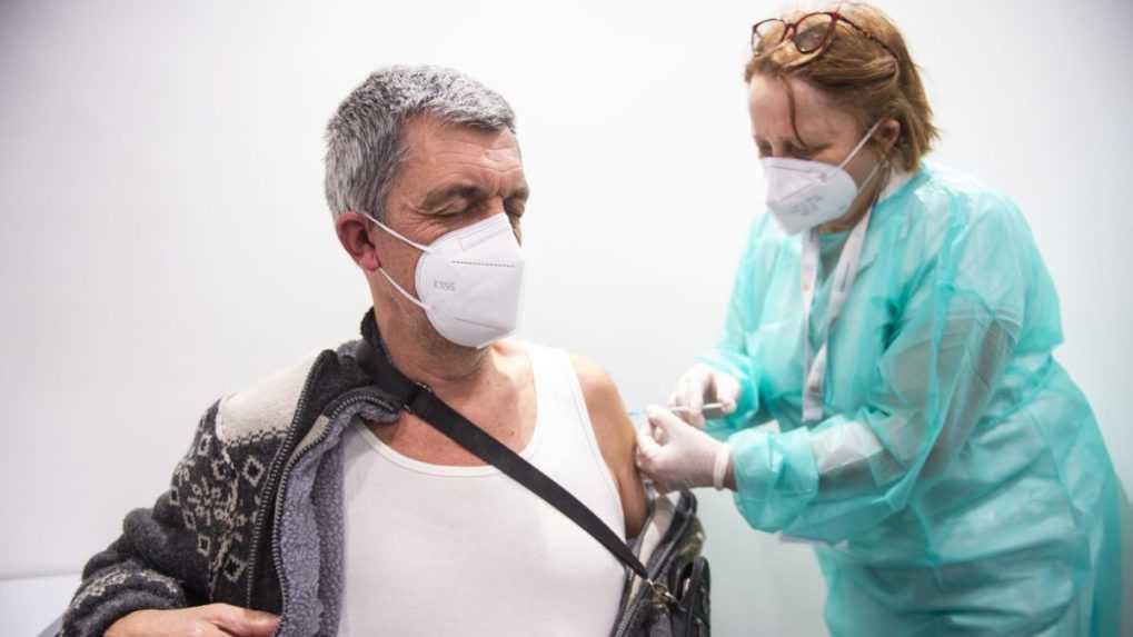 PCR testy odhalili 949 pozitívnych prípadov, ďalší traja ľudia zomreli