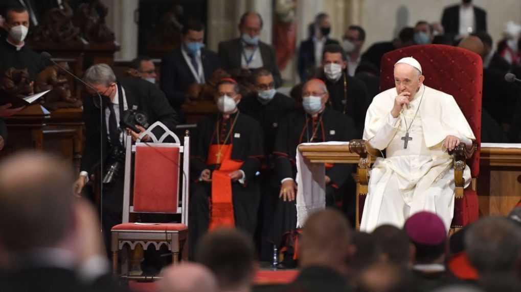 Neuzatvárajme sa do seba, vyzval pápež predstaviteľov slovenskej cirkvi