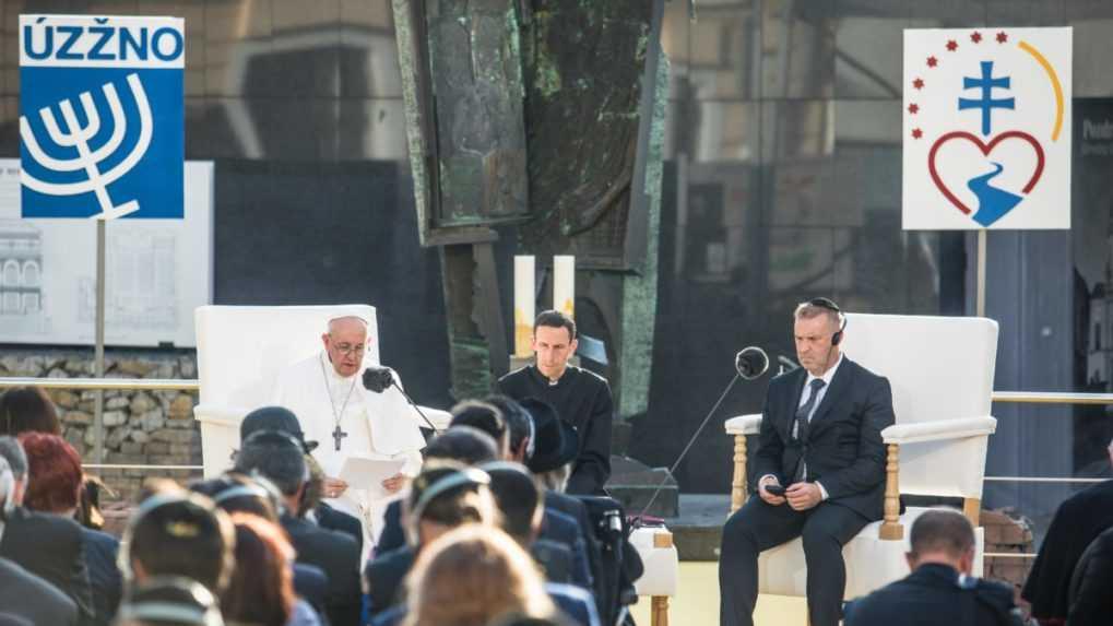 Pápež pri stretnutí so židovskou komunitou odsúdil antisemitizmus