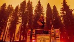 Lesné požiare v Kalifornii.