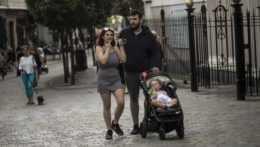 Rodičia s dieťaťom