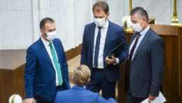 OĽANO stojí za Mikulcom. Minister vnútra má plnú dôveru premiéra