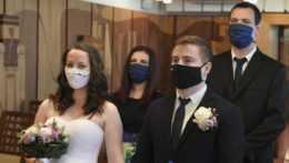svadba v rúškach