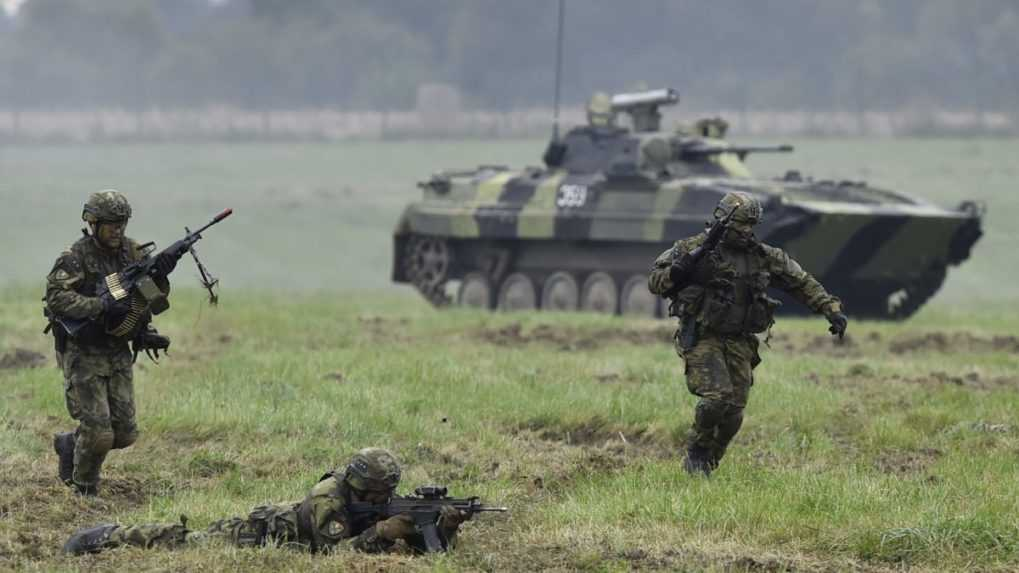 Na východe Ukrajiny sa začalo vojenské cvičenie s jednotkami NATO
