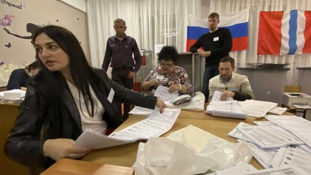 Jednotné Rusko si udrží po voľbách v parlamente ústavnú väčšinu