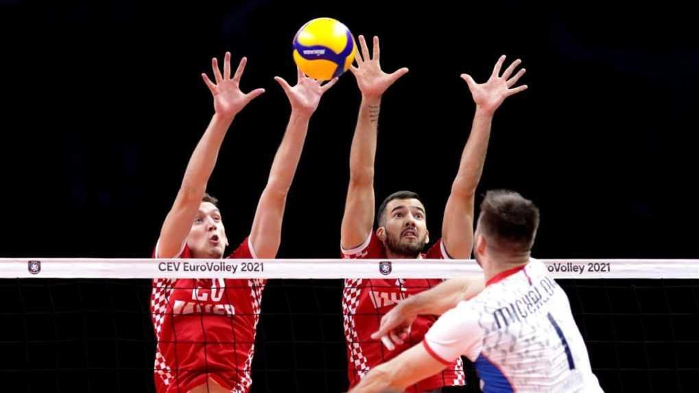 Slovenskí volejbalisti opäť prehrali. Skomplikovali si postup do osemfinále