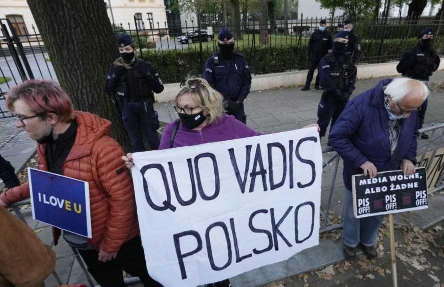 Útok na EÚ, riziko odchodu. Štáty Únie sú znepokojené z verdiktu poľského súdu