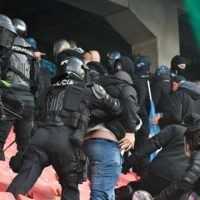 Šláger medzi Trnavou a Slovanom pre vyčíňanie chuligánov predčasne ukončili