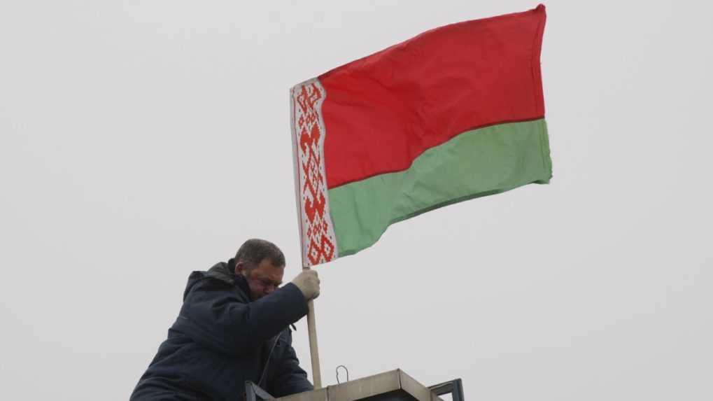 Režim v Bielorusku bude trestať ľudí za sledovanie nežiadúcich kanálov na sociálnej sieti
