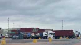 Briti tovar v prístave