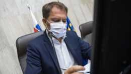 Igor Matovič počas rokovania vlády
