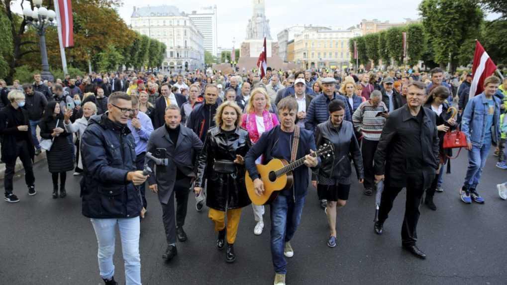 Počet prípadov koronavírusu v Lotyšsku naďalej stúpa, infikoval sa aj prezident