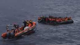Utečenci na člne