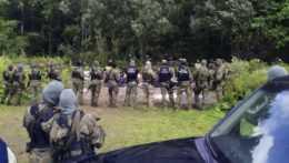 Poľskí vojaci na hraniciach s Bieloruskom.