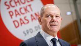 Kandidát na post nemeckého kancelára zo Sociálnodemokratickej strany Nemecka (SPD) Olaf Scholz