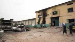 väznica v nigérijskom štáte Oyo po útoku ozbrojencov