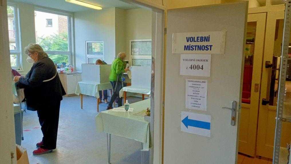 Rokovania o novej vláde v ČR pokračujú, situáciu ovplyvnila aj Zemanova hospitalizácia